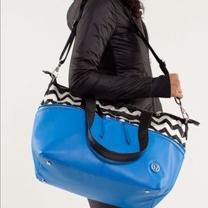 Lululemon carry it with me bag